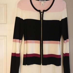 White House Black Market Sweater Size Small